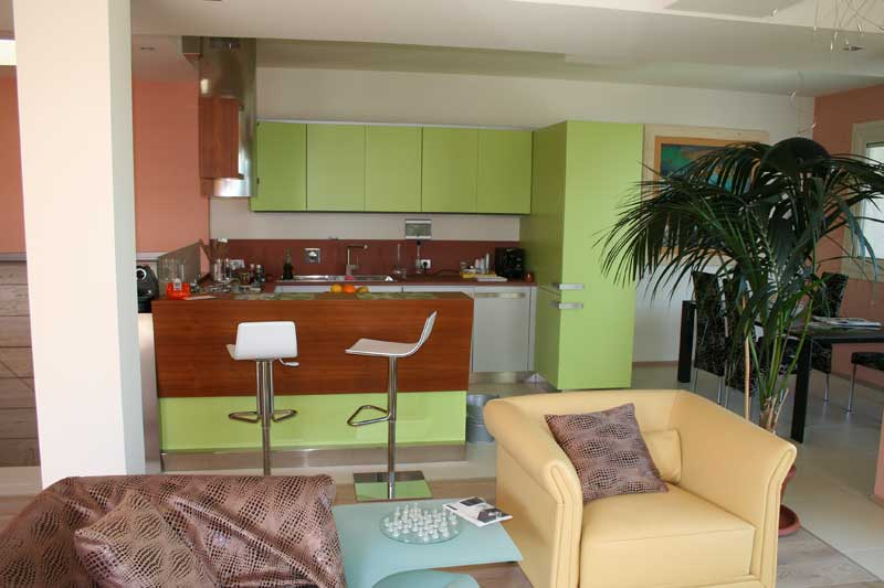 Cucina laccata verde