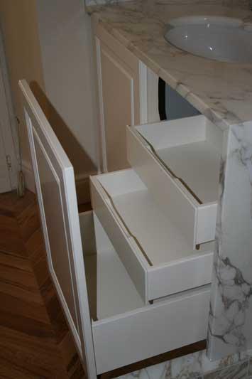 Bagno su misura in marmo incassato