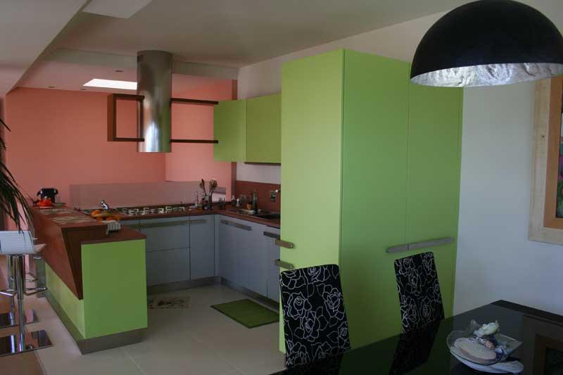 Cucina laccata verde 2