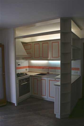 Cucina con verniciatura laccata 4