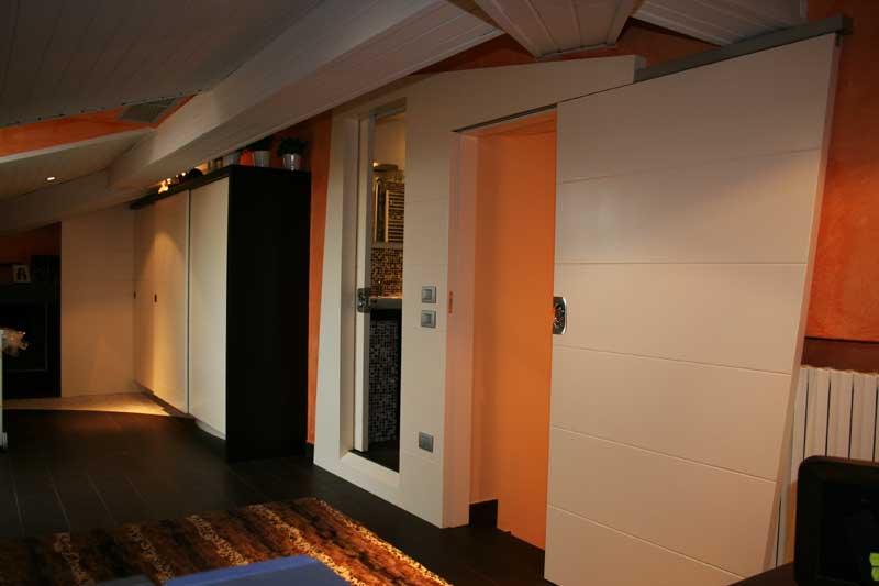 Boiserie con doppia porta 2